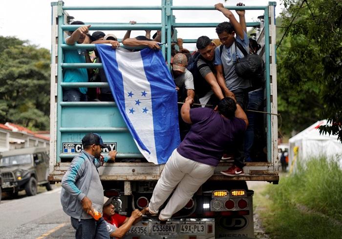 Estaríamos condenados a la pobreza, si nos quedamos en México – Migrantes